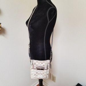 Coach crossbody messanger bag